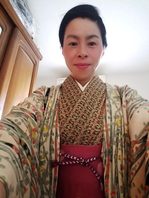 『せっかくうまく着れたのに…』sakuraboruzoiさん投稿;01